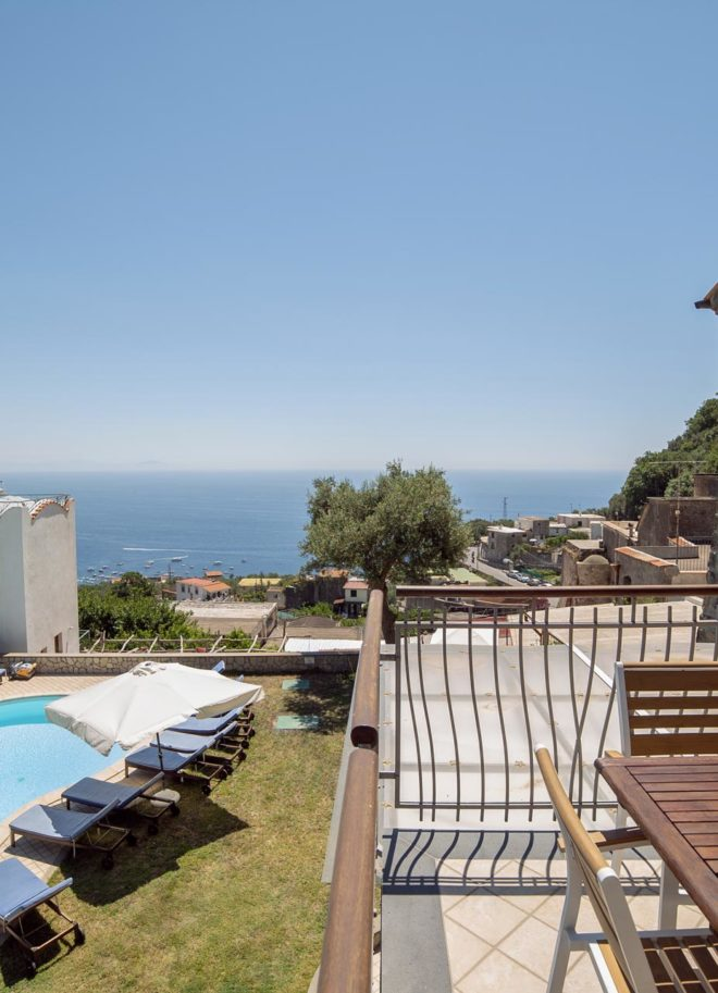 Olga's-Residence---Amalfi-Coast-Villa-sorrento-apartment-private-pool-Naples-Pompeii-Capri-Island-ItalyDS01924